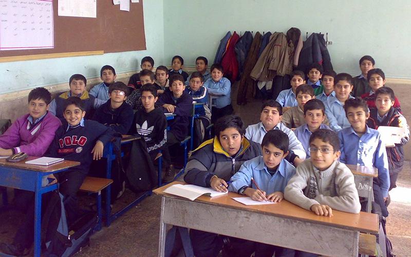 مدارس کشور ۱۴ فروردین دایر است