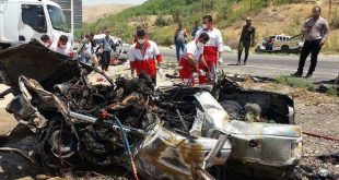 تصادف خودروی پژو ۴۰۵ و تیبا با کامیون ۵ کشته و ۶ زخمی برجای گذاشت