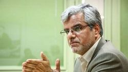 محمود صادقی: عملکرد دولت بخصوص در بخش اقتصادی قابل قبول نیست/ مجلس از ابزار خودش برای تغییر کابینه استفاده میکند