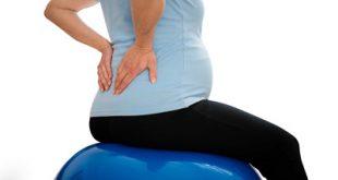 چرا خانمهای باردار دچار کمر درد می شوند؟