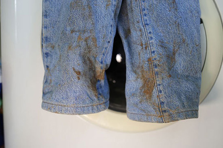 tricks2-remove3-stains2-clothes1.jpg