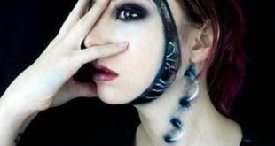 دختری که شبیه هیولا آرایش می کند (+تصاویر)