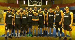 اهدای پیراهن شماره ۶ تیم ملی بسکتبال به پرویز پرستویی