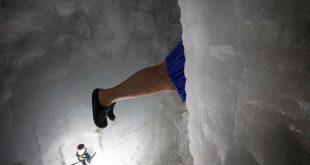 شنا در آب یخ (+تصاویر)