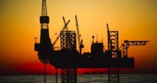 مهاجرانی از اتهامات در پرونده دکل نفتی تبرئه شد