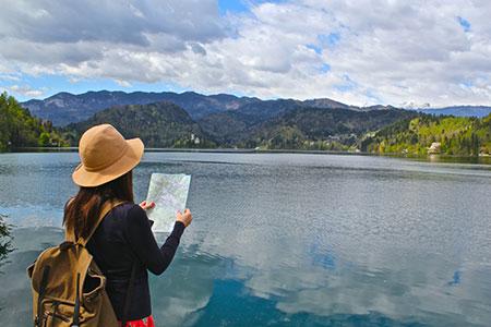 6 نکته مهم برای زنانی که به تنهایی سفر می کنند؟
