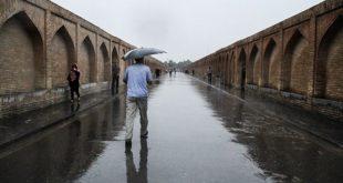 روز عاشورا هوای اصفهان بارانی است/کاهش سه درجهای هوای استان