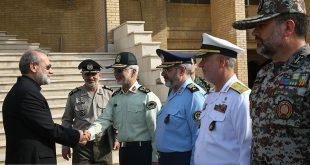 رژه نیروهای مسلح در آغاز هفته دفاع مقدس - بندرعباس (+تصاویر)
