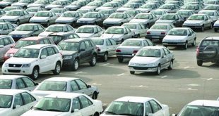 ثبات قیمت خودرو در بازار ادامه دارد + جدول