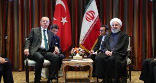 رایزنی روحانی و اردوغان درباره مسائل دوجانبه، منطقهای و بینالمللی