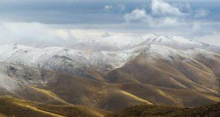 بارش برف پاییزی در ارتفاعات ارمند زنجان  (+تصاویر)
