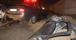 تصادف شدید تیبا با کامیون در جاده قدیم کرج