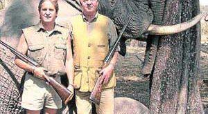 دردسرهای شکار فیل برای پادشاه اسپانیا همچنان ادامه دارد