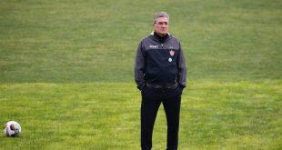 برانکو ایوانکوویچ: اوضاع تیم قبل از بازی حساسمان نگرانکننده است