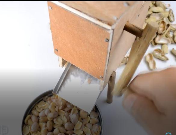 ساخت دستگاه جدا کننده پوست بادام زمینی