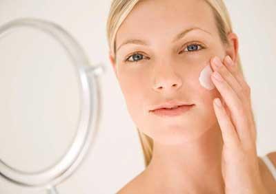 Photo of آیا کرم های مخصوص جوانسازی پوست واقعا موثر هستند؟