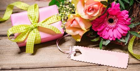 پیشنهاداتی برای خرید هدایای روز دختر