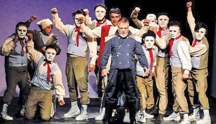 گلایه اهالی تئاتر از هزینه های غیرقابل تحمل اجرای صحنه ای/ ریشه تئاتر بدون حمایت میخشکد