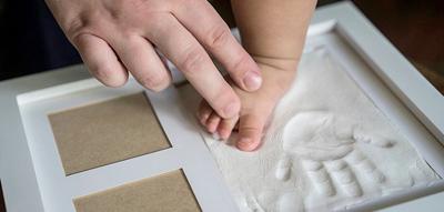 ساخت وسایل خلاقانه با اثر پا و دست نوزاد
