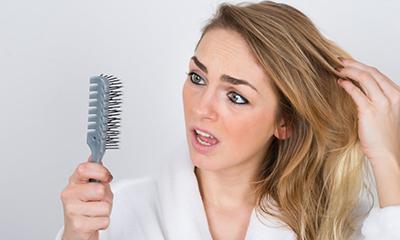 Photo of درمان ریزش مو در خانم ها با چند توصیه خانگی!