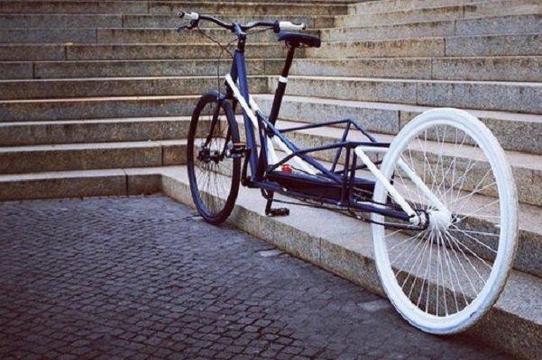دوچرخه برقی که کش می آید و بار می برد