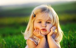 cute-little-baby-girl-wide[HDwallpapers1.tk]