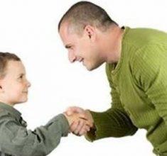 نقش والدین در تربیت فرزندان